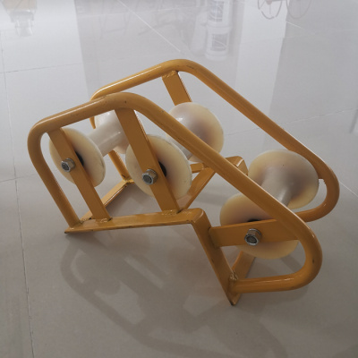 电力电缆放线滑轮加强三联井口钢轮三轮转角尼龙滑轮管口保护滑车 井口大弯