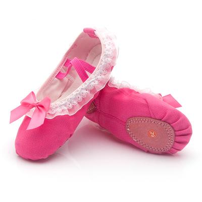 儿童舞蹈鞋女孩练功芭蕾舞鞋幼儿园宝宝蕾丝花边跳舞鞋软底蝴蝶结