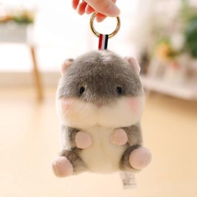 【精品好貨】可愛倉鼠書包掛件熊貓兔子小公仔包包吊墜毛絨玩具小號娃娃女 灰色倉鼠 13厘米球球掛件