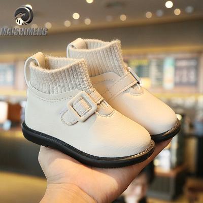 【品牌特卖】女宝宝靴子秋冬季3岁1女童马丁靴公主加绒皮鞋2女宝冬鞋小童短靴4
