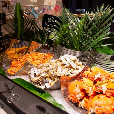 【人氣產品】品坊西餐廳自助晚餐家庭套券(兩大一?。┠暇┬涮K寧諾富特酒店