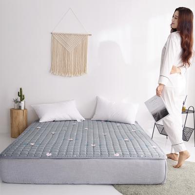 北极绒马棉床垫软垫床褥褥子垫被双人家用夏天加厚垫子保护垫薄款